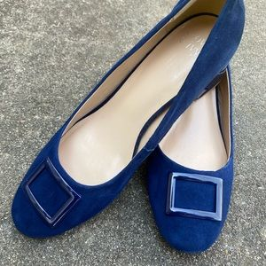 Size 9m women blue suede shoes 2.25 inch heel